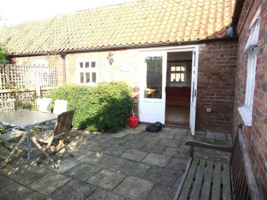 Private enclosed courtyard
