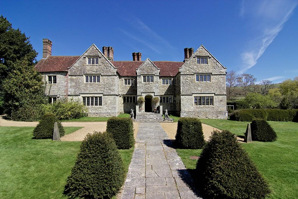8 bedroom manor house for sale in arreton po30 for 8 bedroom house for sale