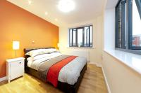 1 bedroom new Apartment in Philpot Street...