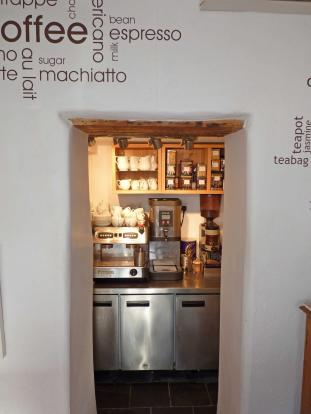 Tea/ Coffee Bar