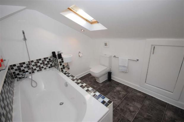 En-Suite Bathroom/W.
