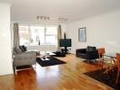 3 bedroom Apartment in Gloucester Avenue...