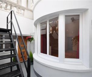 photo of bay window