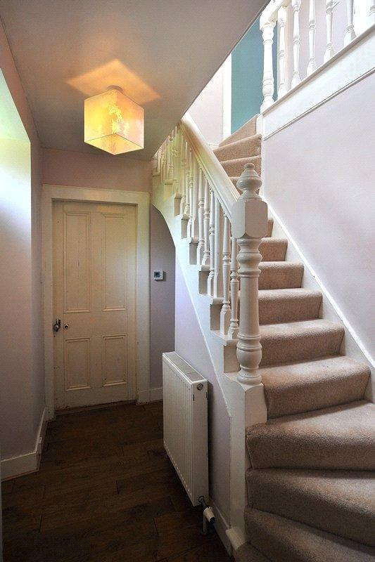 Hall/Stairway