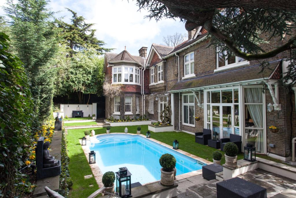 10 Bedroom House To Rent In Frognal Hampstead Nw3 Nw3