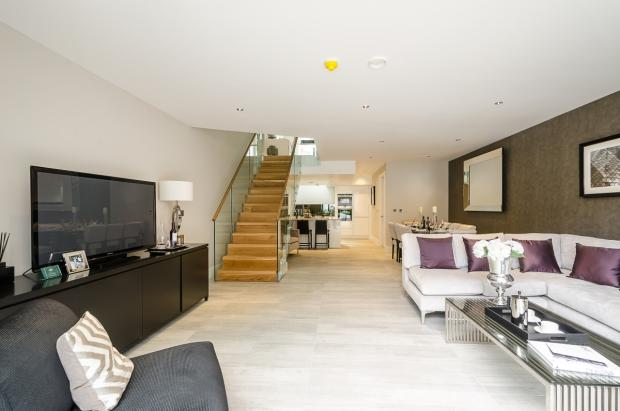 68-Mulberry-Mews-020
