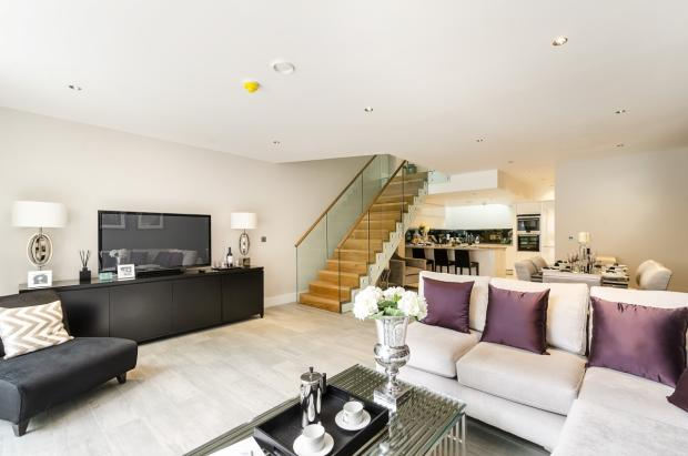 68-Mulberry-Mews-021