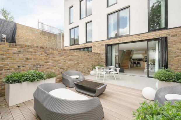 68-Mulberry-Mews-023