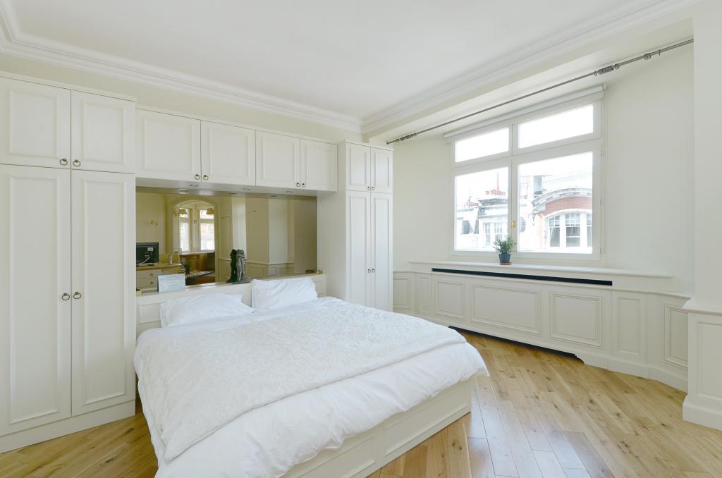 Bedroom 2.11