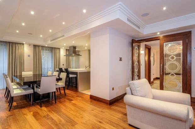 Living Room & Din...