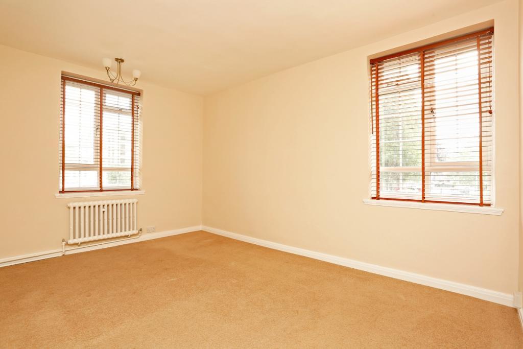 Main bedroom 6