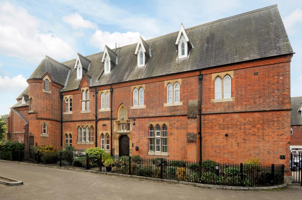 Convent Court