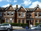 Ground Flat to rent in Dinsmore Road