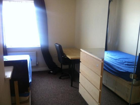 bedroom Apr 2014