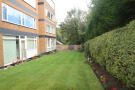2 bedroom Flat in Flat 6 Wrekin House...