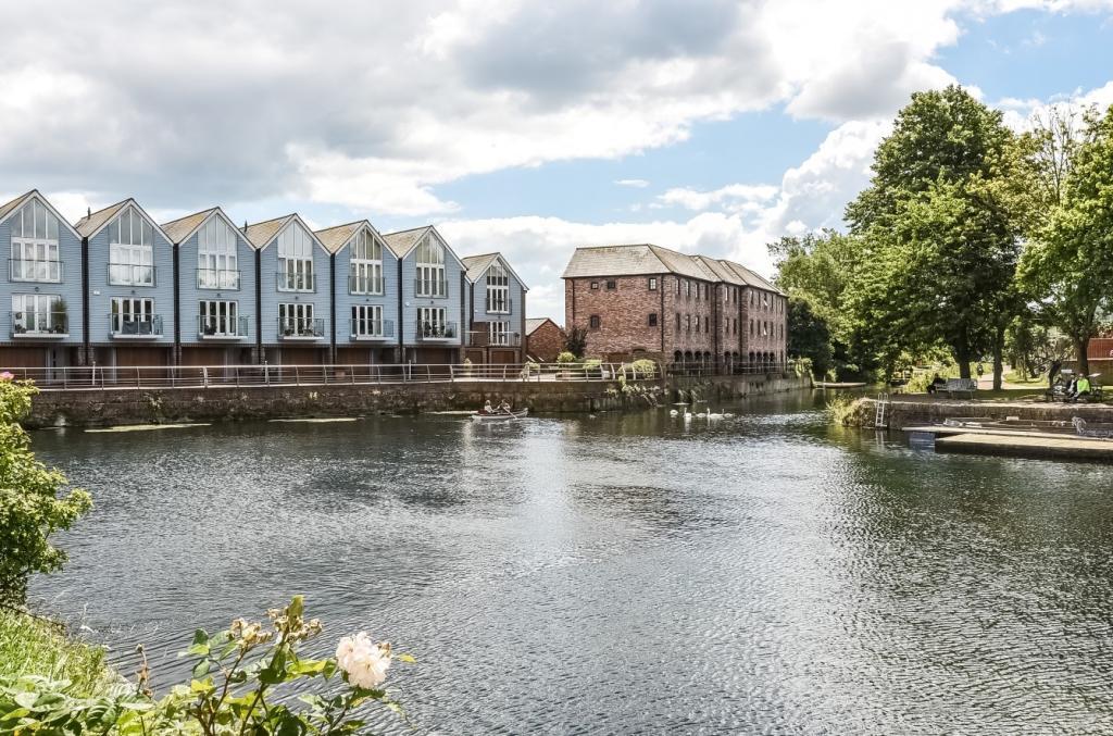 29 canal wharf (Main