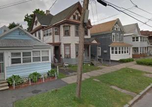 7 bedroom Detached home in New York...