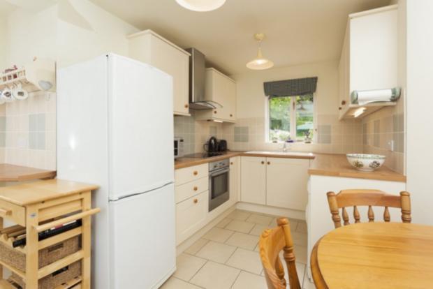 Annexe kitchen/dining