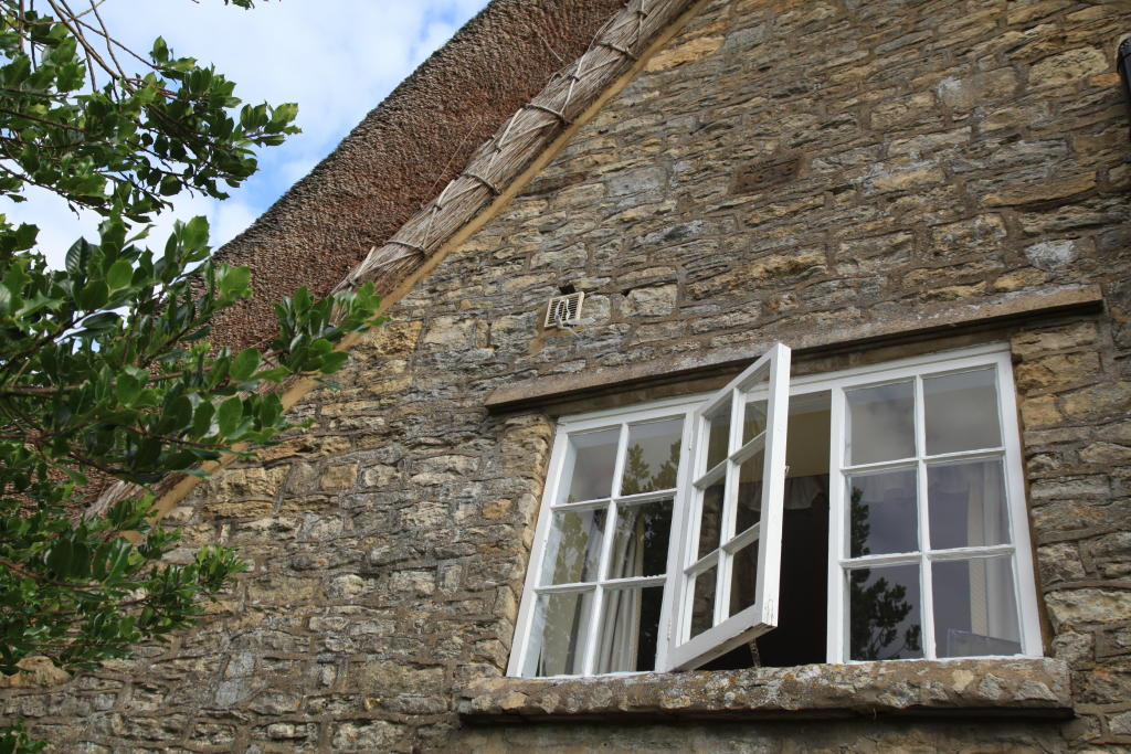 Gable end with date