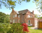 5 bed Detached house for sale in Houghton Regis...