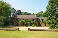 5 bed Detached property in Aspley Heath...