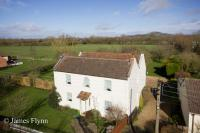 4 bed Village House for sale in The Causeway, Mark...