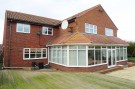 6 bed Detached property in Mount Close...