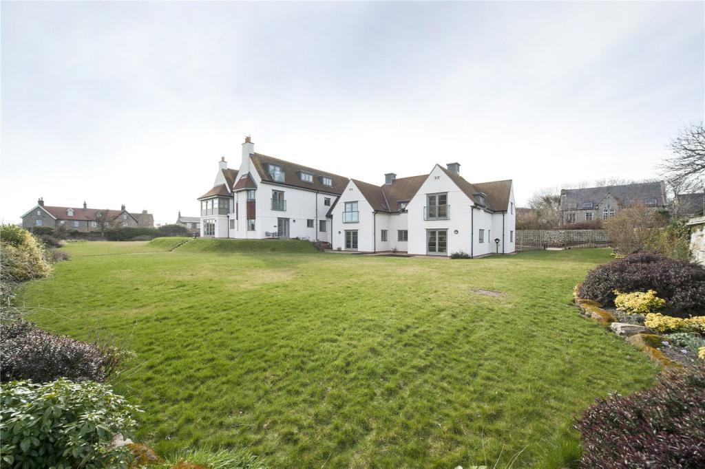 8 Castlegarth