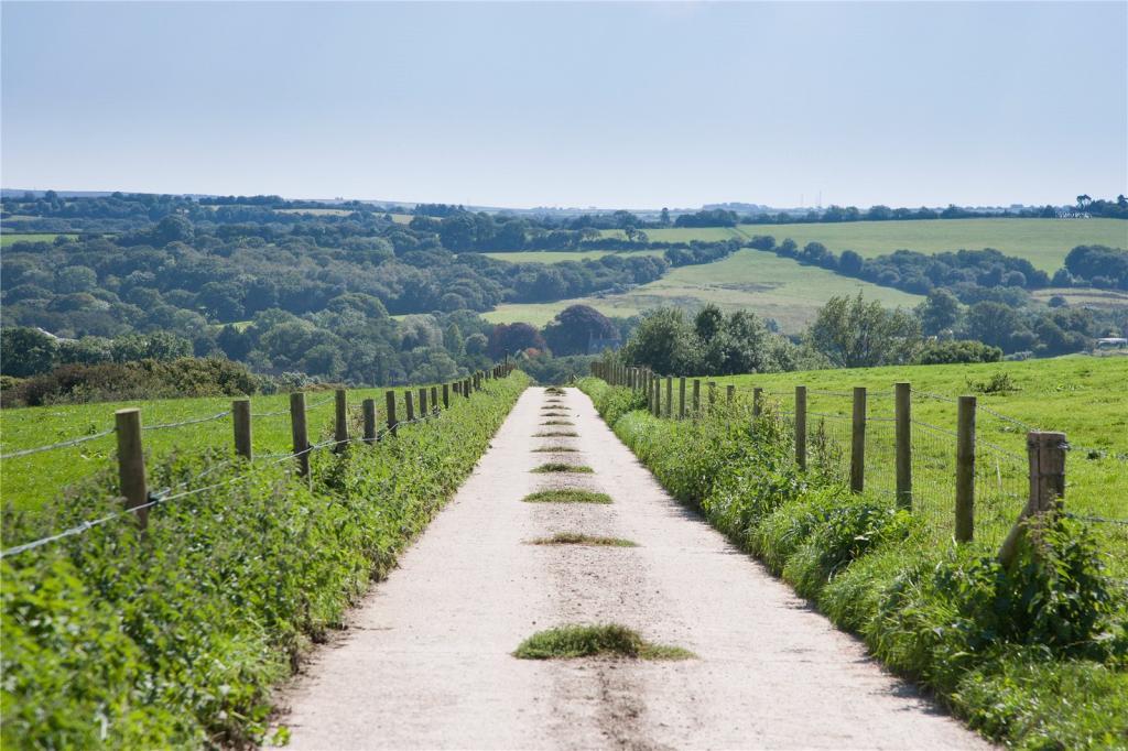 Westcombe Farm Drive