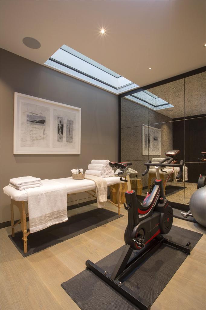 Bedroom 4 Gym