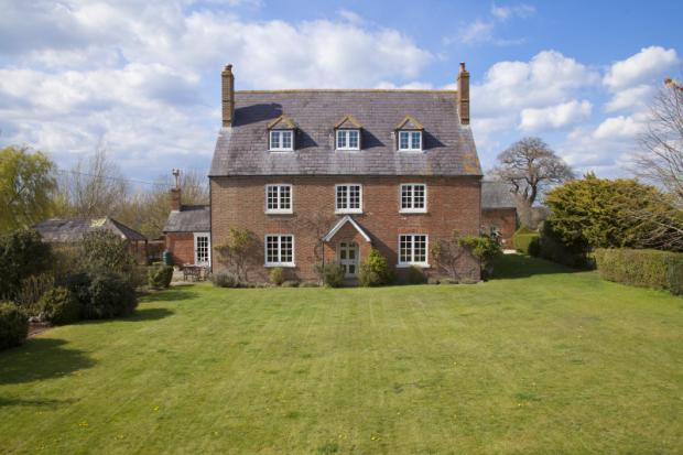 6 Bedroom Detached House For Sale In Thornhill Royal Wootton Bassett Swindon Sn4