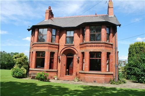5 bedroom detached house for sale in pike lane kingsley for Large victorian homes for sale