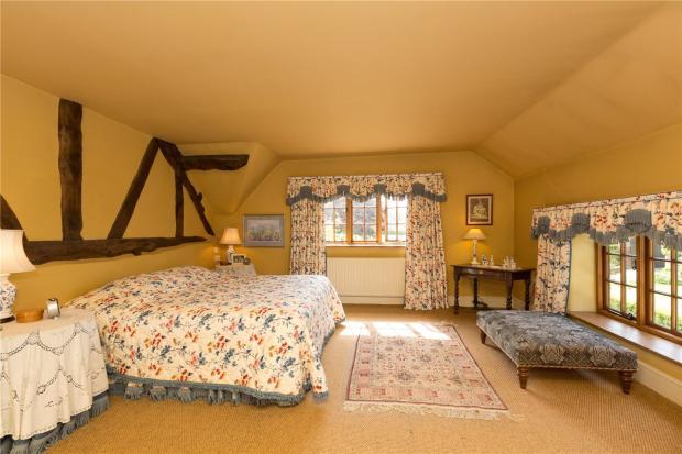 Acorn Bedroom Suite