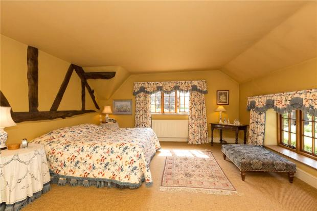 Acorn Bedroom Suite