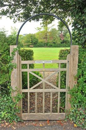 Gate To Gardens