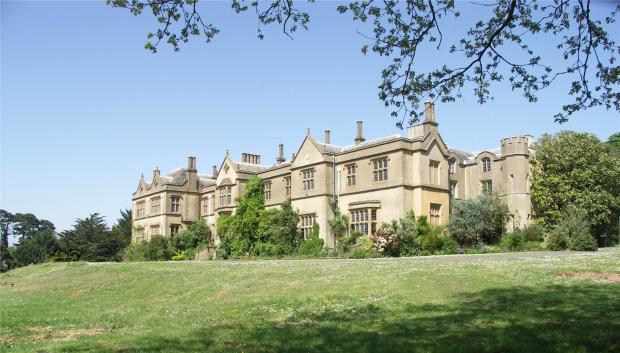 Chapel Cleeve Manor