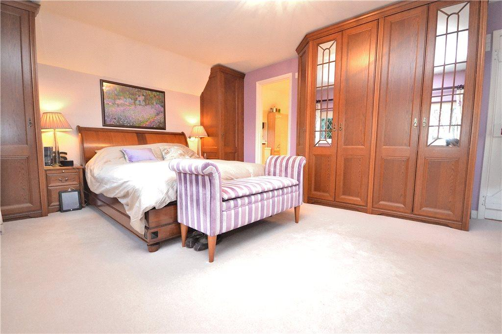 5 Bedroom Detached House For Sale In Ingatestone Road Blackmore Ingatestone Essex Cm4