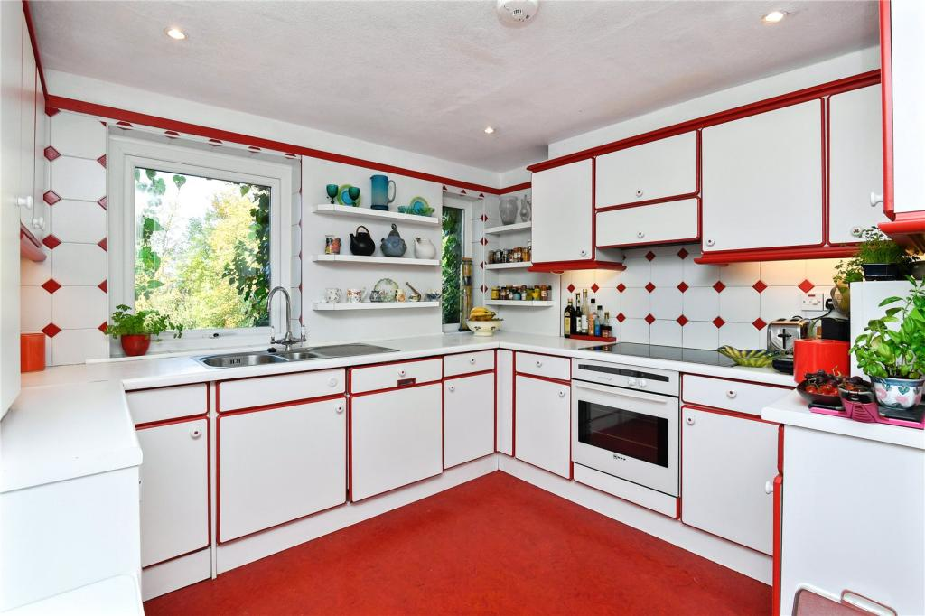 5 bedroom house for sale in duchy road harrogate north for Perfect kitchen harrogate takeaway