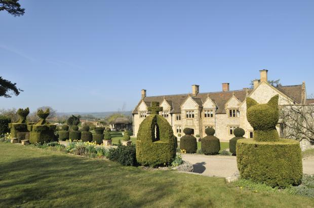 6 Bedroom Equestrian Facility For Sale In Hawkchurch