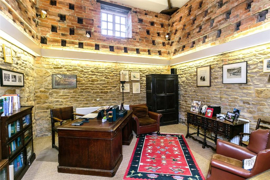 Dovecote Office