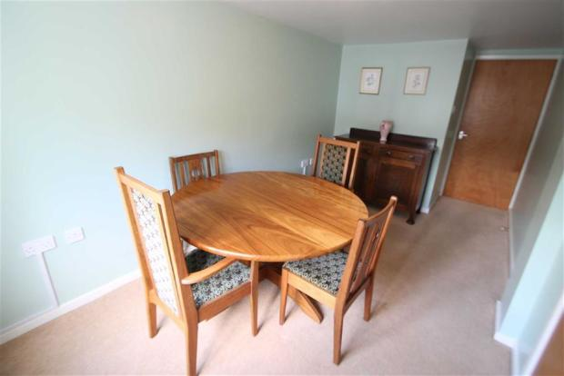 Dining Room / Downst