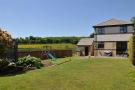 4 bed Detached Villa in 39 Castlemains Road...