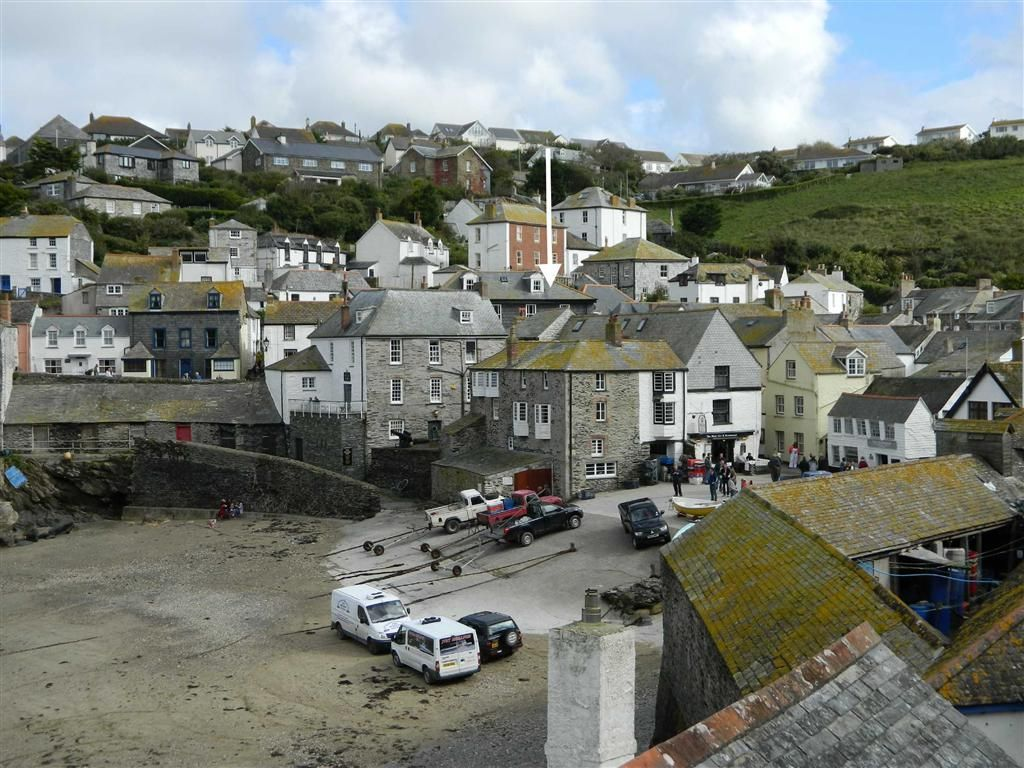 3 Bedroom Apartment For Sale In Fore Street Port Isaac