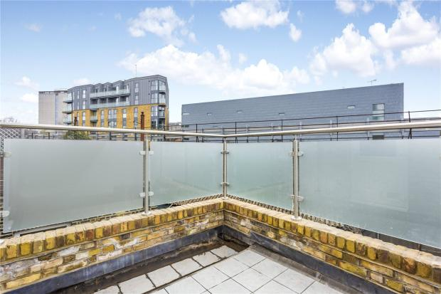 3 Bedroom Flat To Rent In Southwark Bridge Road London SE1