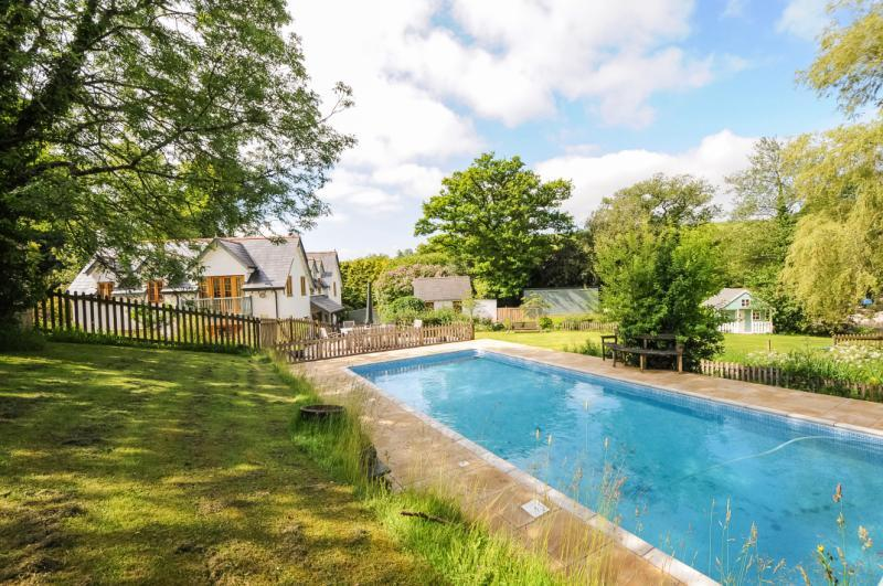 5 Bedroom Detached House For Sale In Menheniot Liskeard Cornwall Pl14