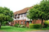 2 bedroom Flat to rent in Kerr Close, Knebworth