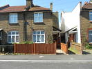 3 bed End of Terrace house to rent in Oak Road, Erith, DA8