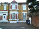 5 bedroom semi detached property in Shrubland Road, London...