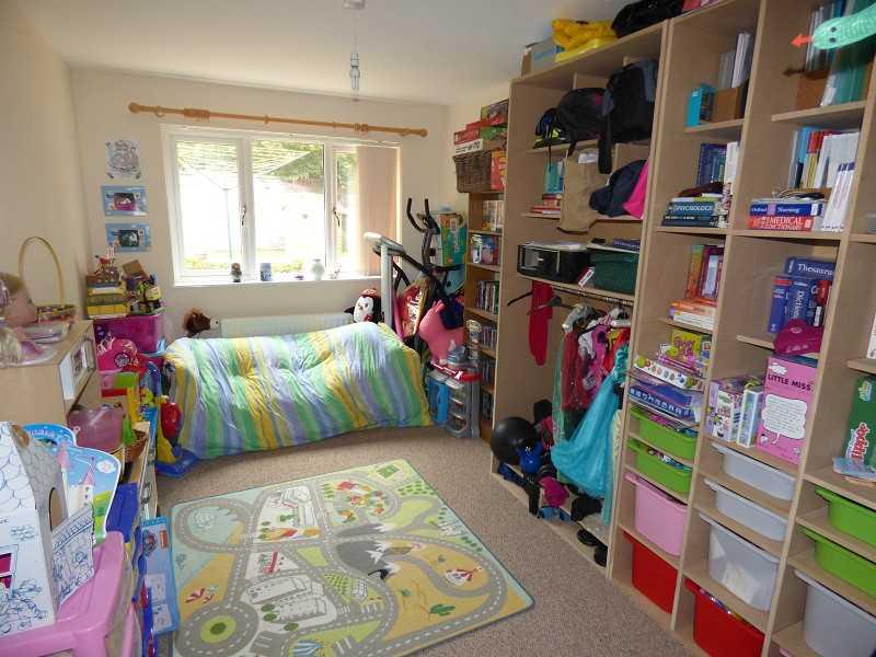 Bedroom 3/Reception room 2