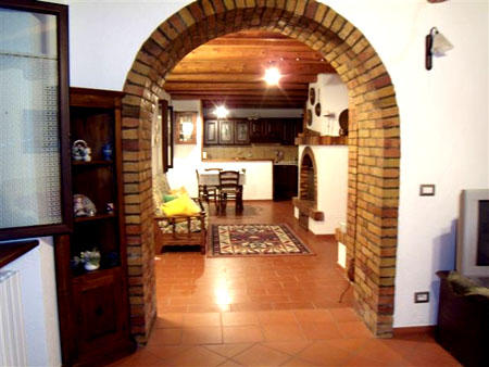 Arch to the lounge